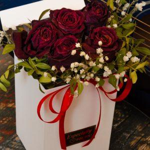 Salon Des Fleurs Ultimate Love