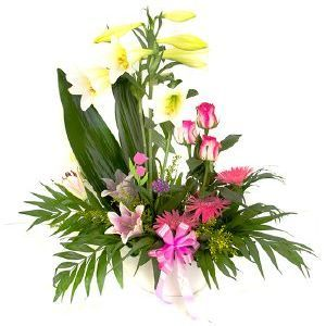 Salon Des Fleurs-Pink Attraction Arrangement