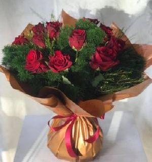 Salon Des Fleurs-Red Roses Bouquet
