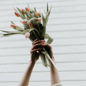 Salon Des Fleurs Celebration Arrangement