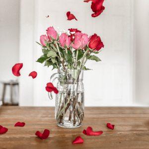 Salon Des Fleurs Romantic Water Bouquet