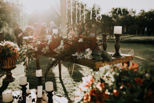 Salon Des Fleurs Wedding Candles Arrangement