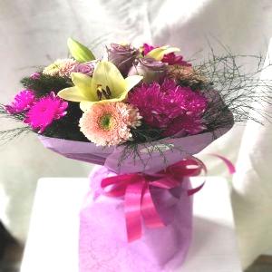 Salon Des Fleurs-White & Pink Bouquet
